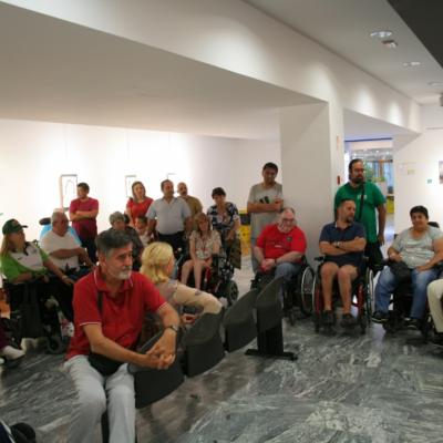 La concurrida Sala Centro Social Junta de Retiro en la inauguración