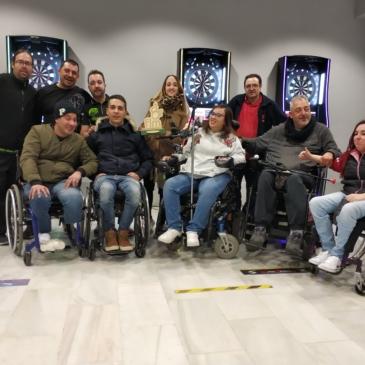 86 jugadores en el décimo aniversario del Campeonato Inclusivo de Dardos Electrónicos