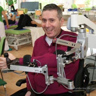 Nuevas tecnologías como tratamiento rehabilitador de miembros superiores