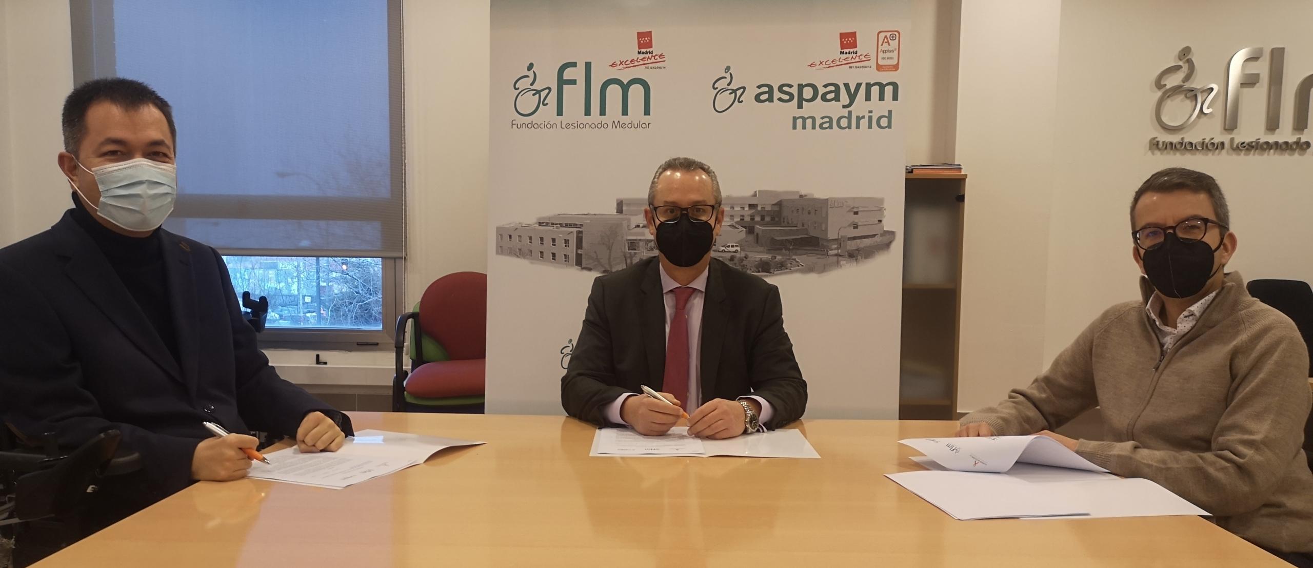 Presidentes de ASPAYM Madrid y FLM y Gerente de Fundación A firman un convenio de colaboración